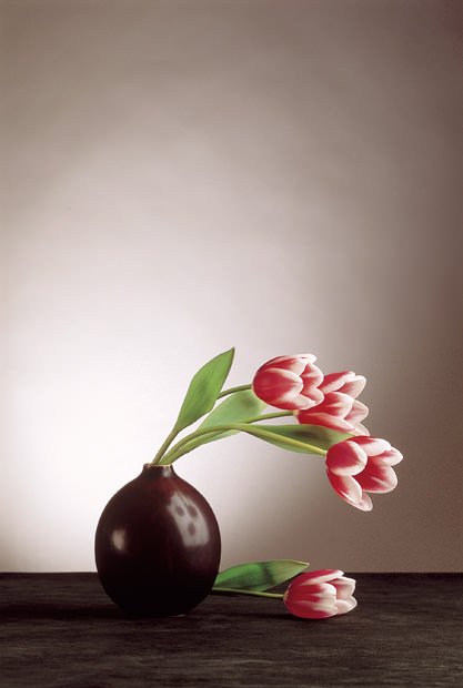 Brown-Vase-with-Tulips
