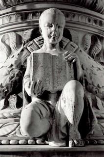 Statue-Supreme-Court