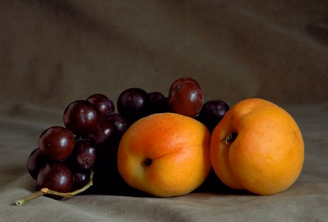 Still-Life-with-Apricots-and-Grapes